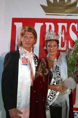 Kıvanç Tatlıtuğ 2002 yılında Best Model Of The World yarışmasını kazandı.
