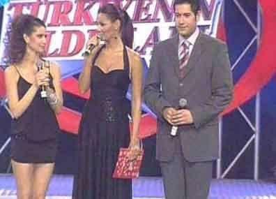 Beren Saat Türkiye'nin Yıldızları yarışmasını ikinci olarak bitirdi.