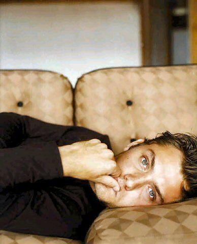 Jude Law bu fotoğraflara ne der? - 19