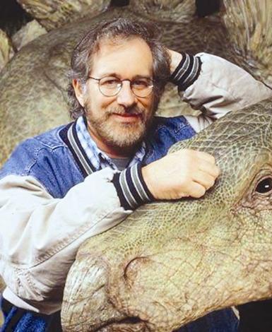 Steven Spielberg Yönetmen Steven Spielberg de sapığı Jonathan Norman'dan çok çekti.
