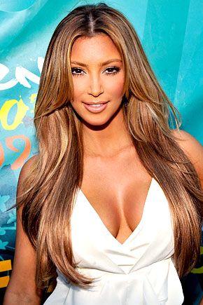 İşte kumral Kim Kardashian...