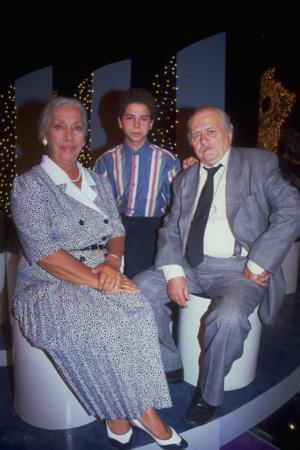 ATILAY ULUIŞIK(ALİ) Atılay Uluışık, diziye 11 yaşında bir çocuk olarak başladı.