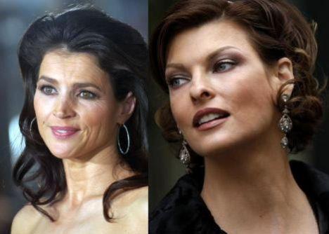 İlk bakışta bu iki ünlünün de aynı yaşta olduğuna inanmak güç görünüyor. Biri sinemanın deneyimli oyuncularından Julia Ormand (solda) diğeri de podyumların efsane mankenlerinden Linda Evangelista. Her ikisi de 1965 doğumlu, yani 43 yaşında. Ama biri diğerinden daha genç görünüyor.