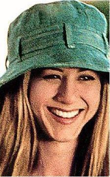 Jennifer Aniston da bir yıldıza neredeyse kızı kadar benziyor.