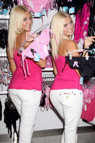 Karissa ve Kristina Shannon - 35