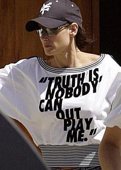 """Demi Moore  """"Gerçek su: Kimse beni yenemez""""  Diğer resimleri için tıklayın..."""