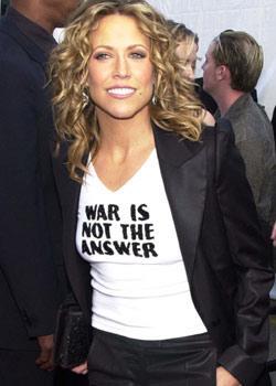 """Sheryl Crow  """"Savaş doğru yanıt değil"""""""