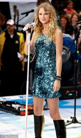 Taylor Swift geleceğin LeAnn Rimes'ı olarak görülüyor.