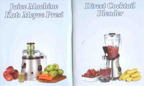 """Moulinex Juice Machine Katı Meyve Presi   • 800 W """"locked motor"""" • Tüm meyve ve sebze sularına uygun 2 ayrı itici aparat • Paslanmaz çelik filtre • Paslanmaz çelik güvenlik kolu yerine oturmadığında motor çalışmaz • """"Direct Fruit' sistemi • 3 lt kapasiteli geniş posa haznesi   Mulinex Direct Coctail Blender  • 600 W  • 1.5 lt blender haznesi  • Krom kaplama ön panel • 2 farklı hız ayarı • """"Pulse"""" (anlık çalıştırma) fonksiyonu • Musluk sayesinde doğrudan servis olanağı (bardak ve sürahi için 2 farklı pozisyon) • Karışımın soğuk kalmasını garantileyen patentli buz çubuğu • Çıkarılabilir damlama tepsisi • Tabanda kaymayı engelleyen ayaklar"""