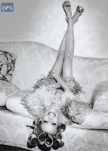 Claudia Schiffer - 21