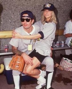 Ama çift 1993 yılında boşandı. Geride de bu çılgın fotoğraflar kaldı.