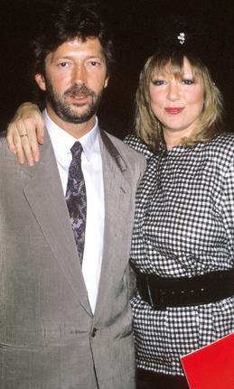 Giderek arkadaşının eşine aşık olduğunu fark etti. Sonunda Clapton ile Boyd evlendi.