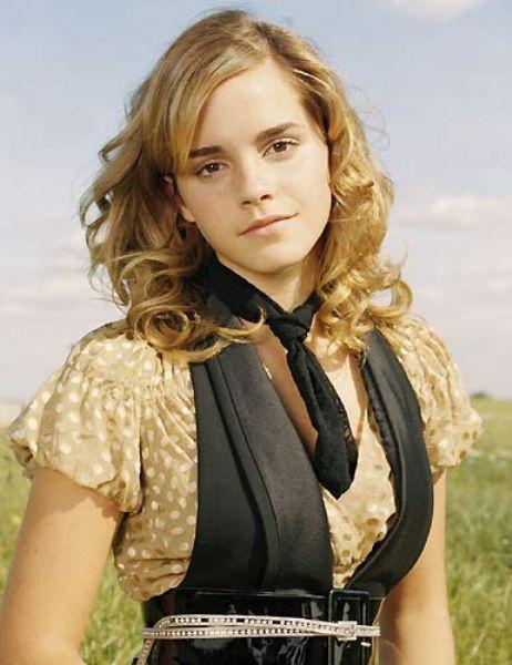 Emma Watson Ünlünün foto galerisi için tıklayın...