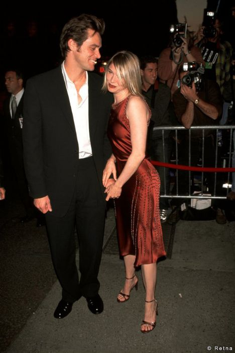 2000  Ünlü aktör Jim Carrey'le birlikte olduğu dönemde çok zayıftı.
