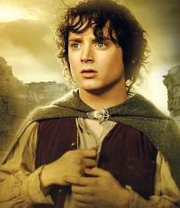 """Rolünü başarıyla üstlenen Wood, bununla birlikte herkesin sadece """"Frodo"""" olarak bildiği bir karakter olarak sinema dünyasındaki yerini aldı."""
