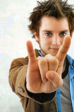 Bu rol ile ün kazanan Wood hala milyonlarca sinemasever için Frodo.