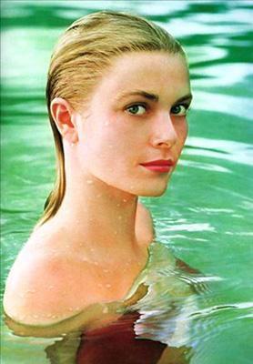 Grace Kelly Sinema dünyasından Monaco Sarayı'na uzanan bir peri masalına imza atan Kelly de genç yaşta hayata veda eden bir oyuncuydu.