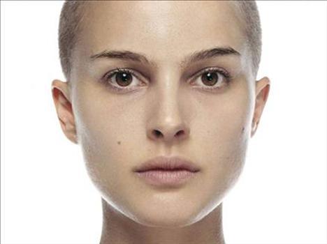 Natalie Portman Ona da, ''Audrey Hepburn'ün 2000'lerdeki temsilcisi'' deniliyor.   Ünlünün diğer resimleri için tıklayın...