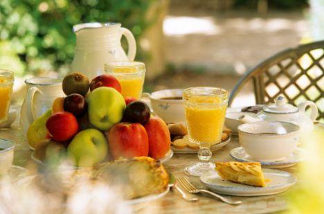 Metabolizmayı hızlı çalıştırmak için… İyi bir kahvaltı ile güne başlamak, hem direncinizi korur hem de kilo kontrolüne yardımcı olur, hem de metabolizma hızınızın yavaşlamasını engeller.