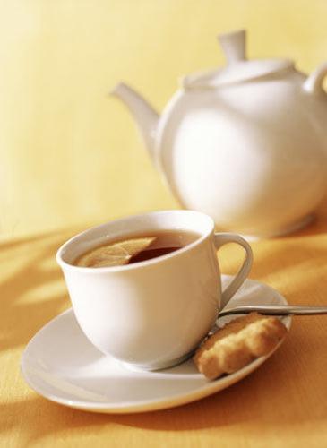 Ara öğün 2 adet kepekli kurabiye ve çay Öğün analizi: 200 kalori   Akşam 4-6 yemek kaşığı taze fasulye (az yağlı)  1 kase yoğurt (yağsız)  1 dilim esmer ekmek (çavdar!)  Öğün analizi: 250 kalori   Ara öğün 1 küçük boy armut  Öğün analizi: 50 kalori