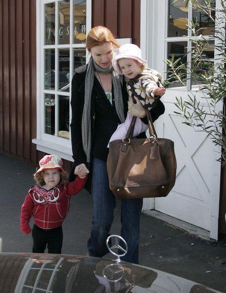 Desperate Hosewives'in ünlü yıldızı Marcia Cross 44 yaşında ikiz annesi oldu.