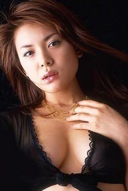 MARIA TAKAGI  Takagi Japonya'nın en çok kazanan porno yıldızı...