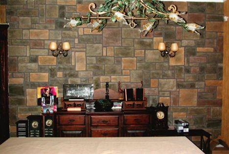 Duvarlarda taş modası...  Darbelere, aşınmalara, güneş ışınlarına ve rutubete son derece dayanıklıdırlar.