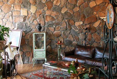 Duvarlarda taş modası...  Yıkanabiliyor, kanserojen madde içermiyor, vida ve dübel yardımı ile duvarlara monte ediliyor.