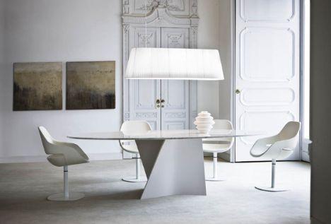 Bu marjinal tasarımlar insanı şaşırtıyor!    Zanotta imzalı sandelye ve masa takımı