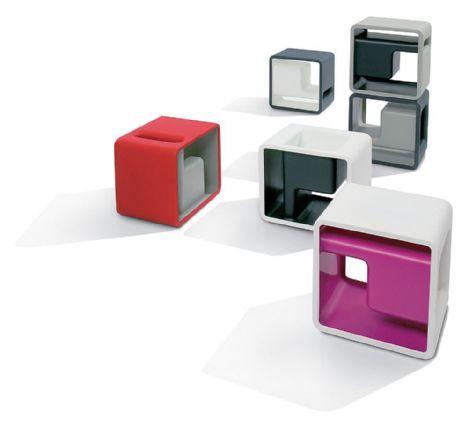 Bu marjinal tasarımlar insanı şaşırtıyor!   Setsu ve Shinobu Ito tasarımlı küçük renkli masalar...