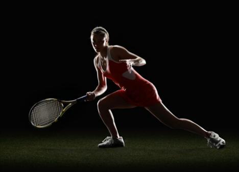 Tenis + germe egzersizleri: Vücudu germe amacıyla yapılan tüm egzersizler, teniste ihtiyacınız olan kastarı esnek tutuyor.