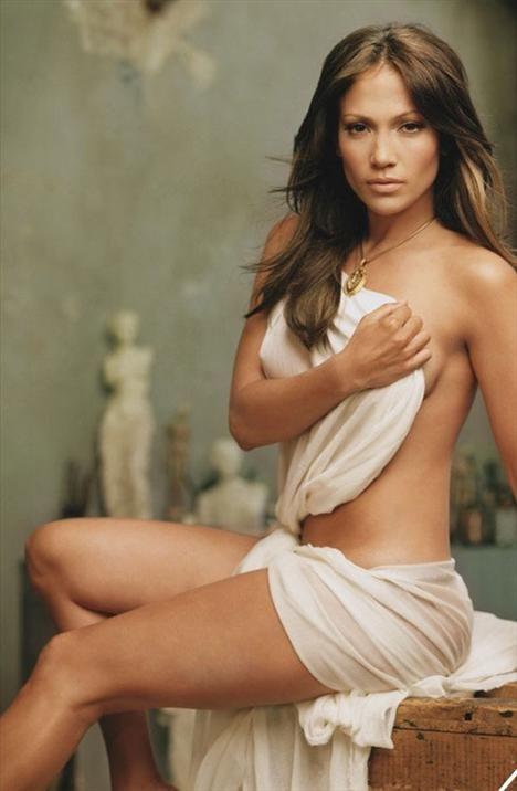 Gösteri dünyasının ünlüleri hayatlarının hiçbir ayrıntısını gözlerden uzak yaşayamıyor. Er ya da geç her şey ortaya çıkıyor. Yatak odalarında dört duvar arasında yaşadıkları bile... Bunun son örneği de ünlü şarkıcı ve oyuncu Jennifer Lopez'in başına geldi.