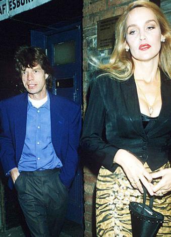 Müzisyen Mick Jagger Bianca Jagger ile evliyken sonradan eşi olacak manken Jerry Hall ile ilişki yaşamaya başlamıştı. Jagger Bianca'dan boşandıktan sonra Jerry Hall iye evlendi. Ancak 1990'da başlayan evlilik yaşamları 9 yıl sonra Jagger'ın eşini bir başka manken Luciana Morad ile aldatması nedeniyle bitti. O sırada Luciana Jagger'dan hamileydi.