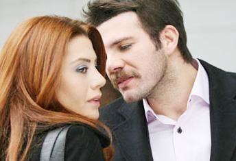 Gökçe Bahadır'ın canlandırdığı Necla karakteri Yaprak Dökümü'nde Tolga Karel'in oynadığı Oğuz karakteri ile aşk yaşıyor.