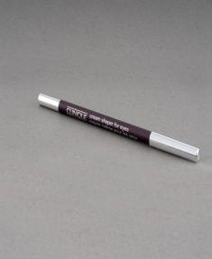 """""""Makyajda bronz tonları tercih ediyorum."""" Göz kalemi:36 TL CLINIQUE"""