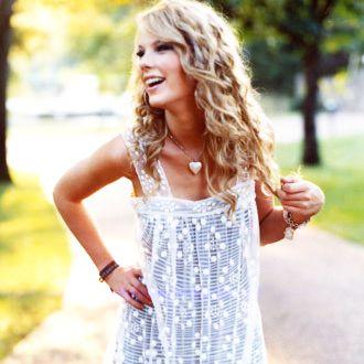 Taylor Swift 2009'un en gözde kadını - 5