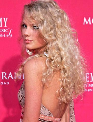 Taylor Swift 2009'un en gözde kadını - 10