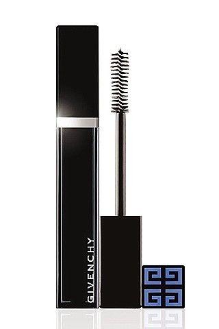 İçerdiği polimerler sayesinde %84 daha dolgun bir görünüm elde etmenize yarayan Captiv Eyes, Givenchy.
