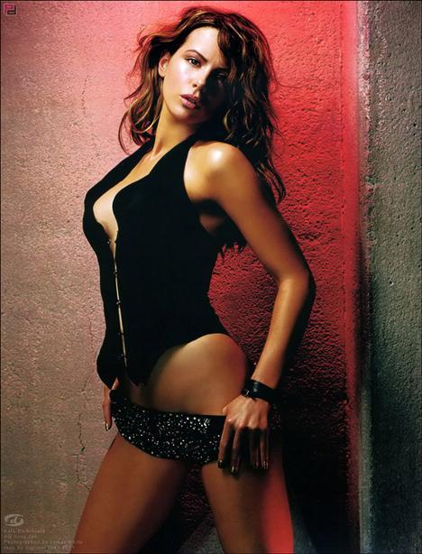 Kate Beckinsale - 37