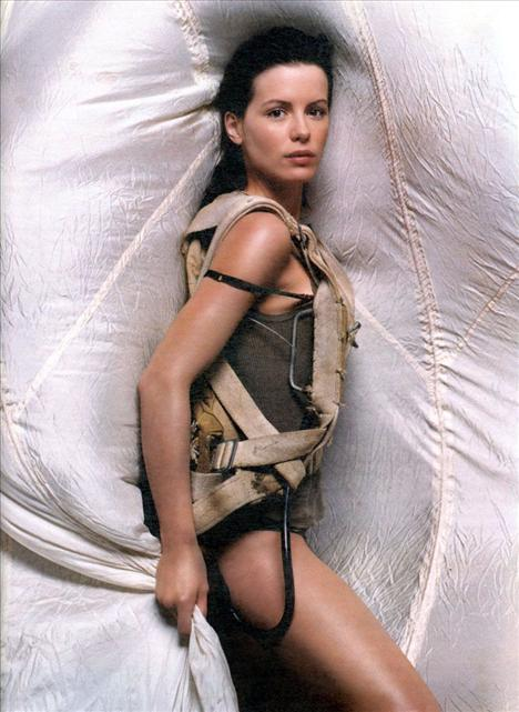 Kate Beckinsale - 40