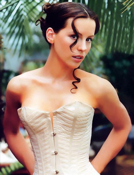 Kate Beckinsale - 41