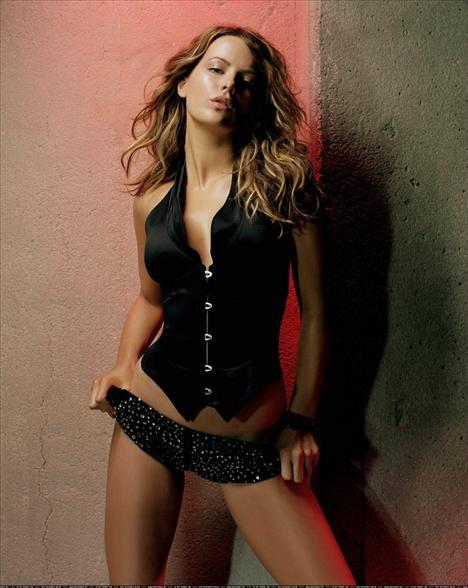 Kate Beckinsale - 39