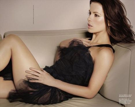 Kate Beckinsale - 45