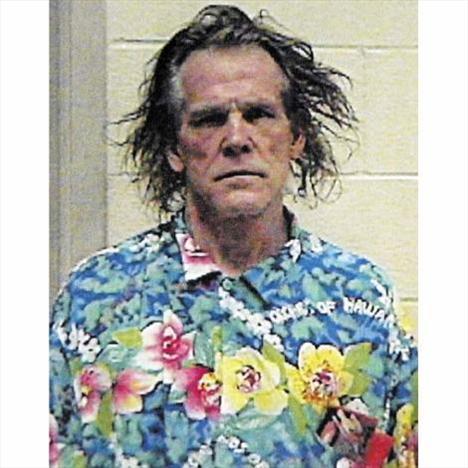 2002.. Ünlü aktör Nick Nolte alkollü araç kullanırken yakalandı ve gözaltına alındı.
