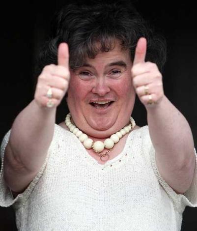 İngiltere'de yayınlanan yetenek yarışmasında Susan Boyle adlı hiç evlenmemiş bir köylü kadını yıldız olarak çıktı.