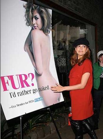 Yıl 2007... Eva Mendes, PETA için soyundu.