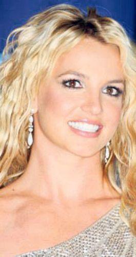 Britney Spears... Diğer fotoları için tıklayın...