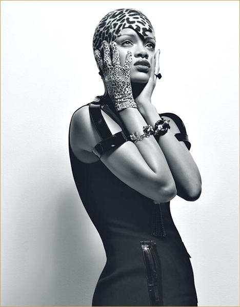 Rihanna yine nefes kesecek - 8