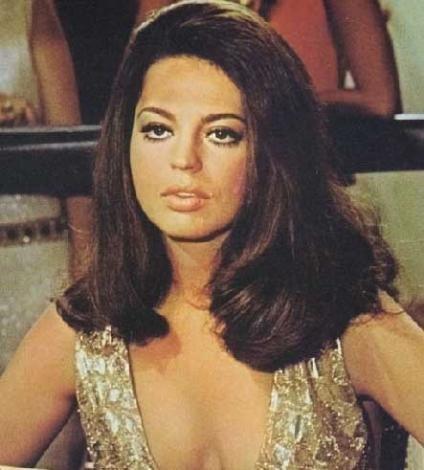 Fürstenberg bu süre içinde 70'li yıllarda daha sonra Yeşilçam'da seks filmleri furyasını başlatacak olan İtalyan seks filmlerinin ikinci sınıf oyuncusu oldu.