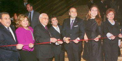 İstanbul Valisi Muammer Güler ile eşi Nevai Güler, Albert Hakko, Cem Hakko, Devlet Bakanı Egemen Bağış ile eşi Beyhan Bağış, Vivet Hakko.